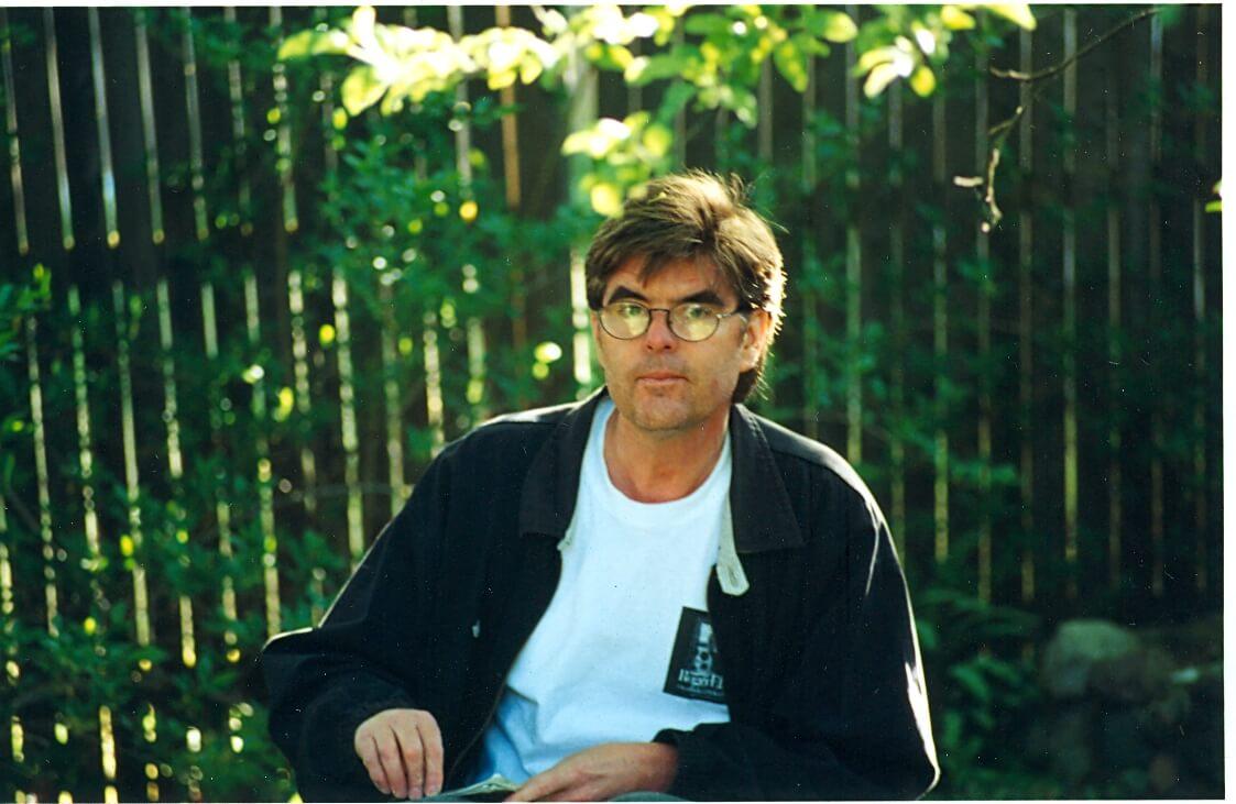 The Artist in action, spring 2001.  Photo: Su Millerz.